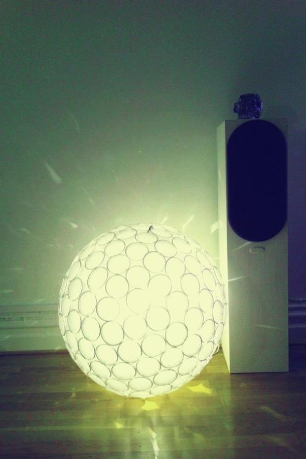 Plastmuggslampa_retusch